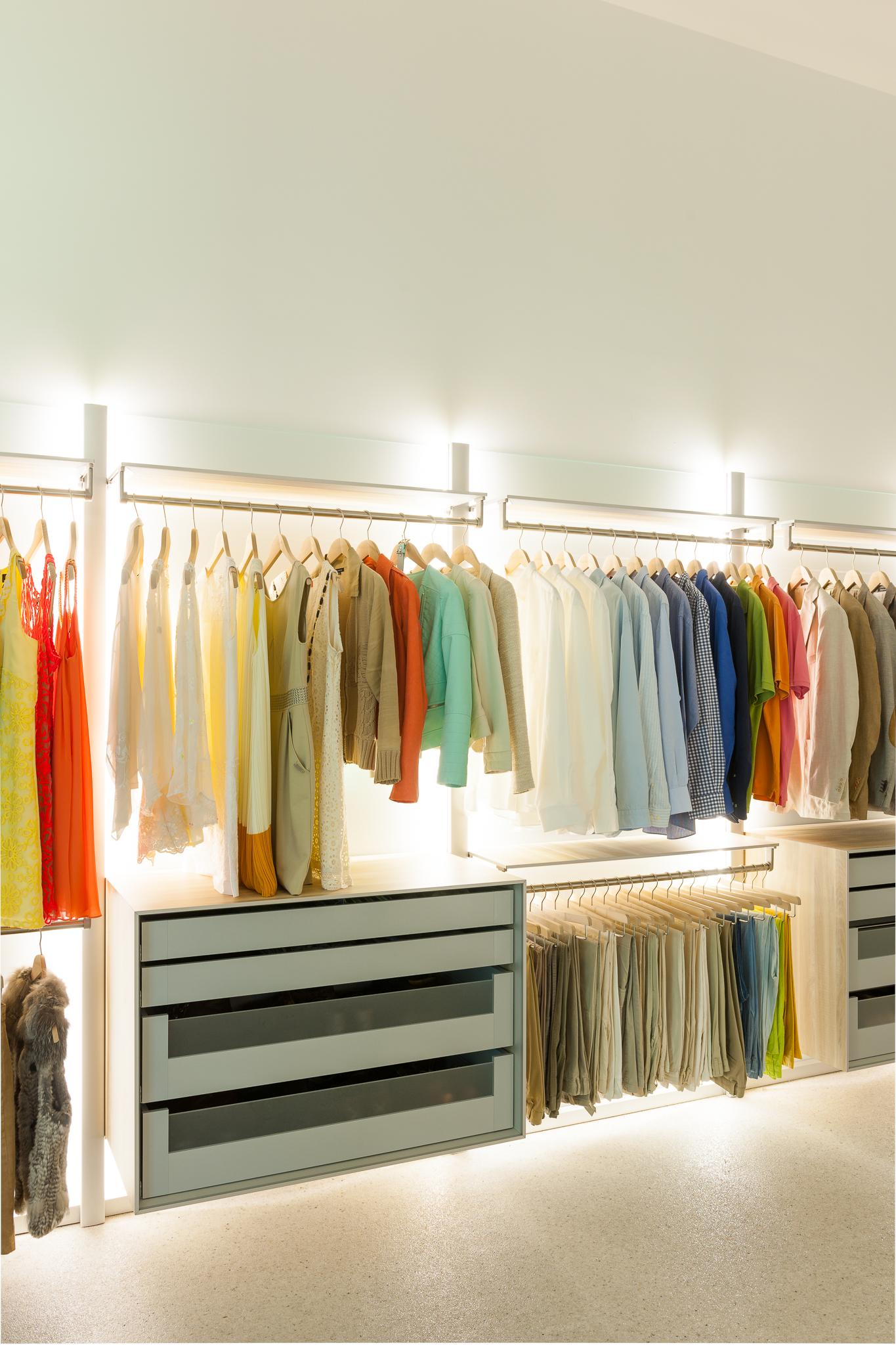 dressing verlichting met led dress a way inloopkasten op maat. Black Bedroom Furniture Sets. Home Design Ideas