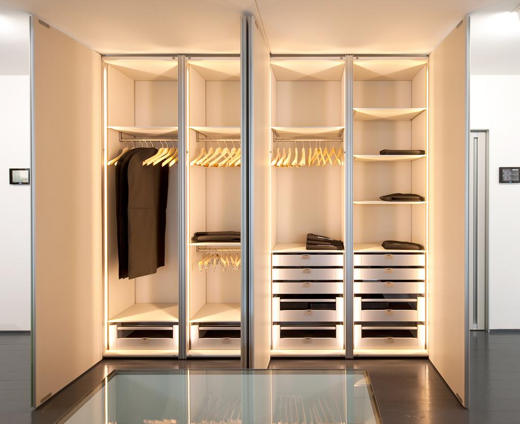 Moderne dressingkasten toonzaal te massenhoven dress a way inloopkasten op maat - Foto moderne dressing ...