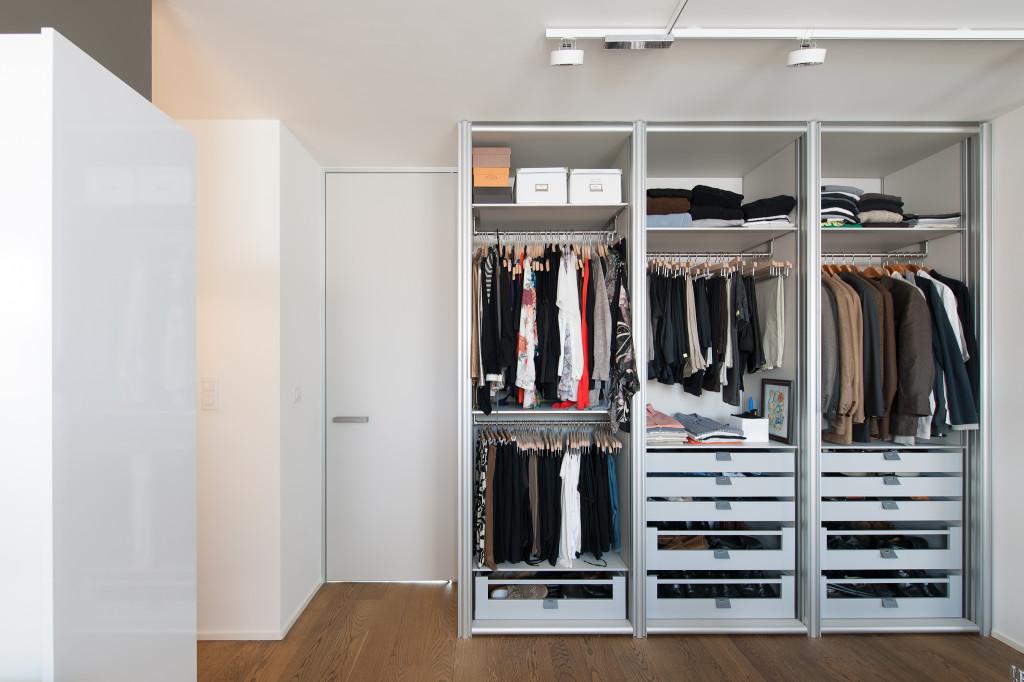 Slaapkamer Lage Kasten : Inbouwkasten dressing tussen slaapkamer en ...
